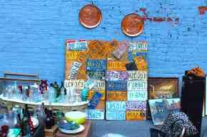 nyc-flea-market-blue-wall1